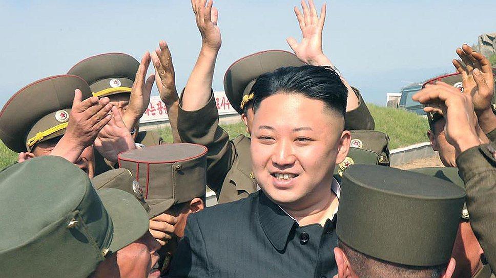 Товарищ Ким Чон Ын может и дальше наслаждаться единством с армией, народом и семьей