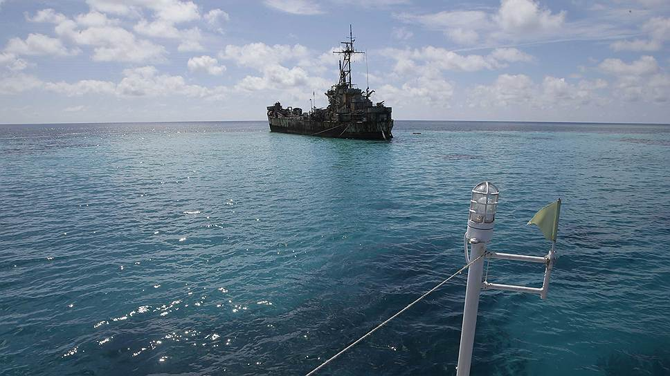 Постоянные столкновения с китайской береговой охраной мешают филиппинским судам бороздить просторы Южно-Китайского моря