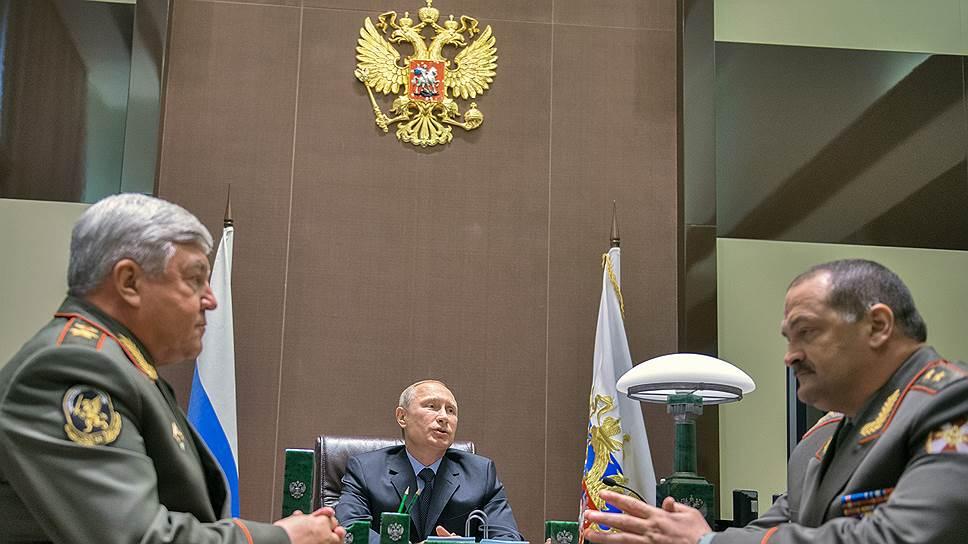 Новый полпред в СКФО Сергей Меликов (на фото справа), ранее служивший в этом регионе, связан с ним гораздо больше, чем его предшественник