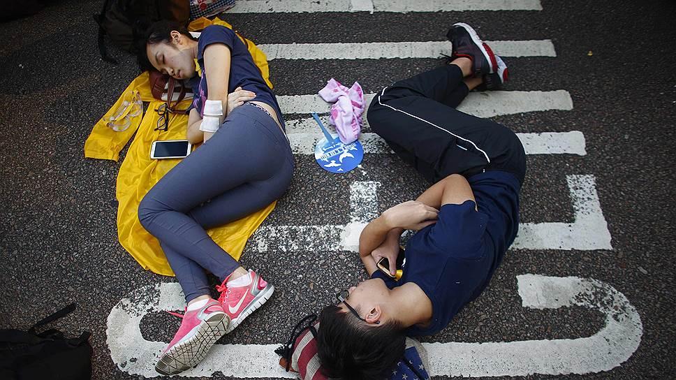 Поиски американского следа в гонконгских демонстрациях пока не увенчались успехом