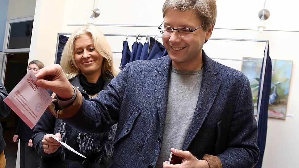 """Партия """"Согласие"""", возглавляемая Нилом Ушаковым (на фото), победила на нынешних парламентских выборах менее уверенно, чем на предыдущих"""