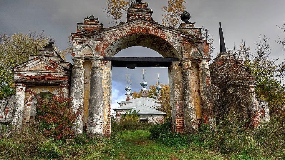 Село Горицы. Рождественская церковь