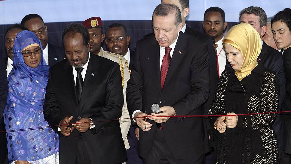 Визит президента Турции в Сомали (на фото второй слева — президент Сомали Хасан Шейх Махмуд) лишь подтверждает далеко идущие геополитические планы Анкары