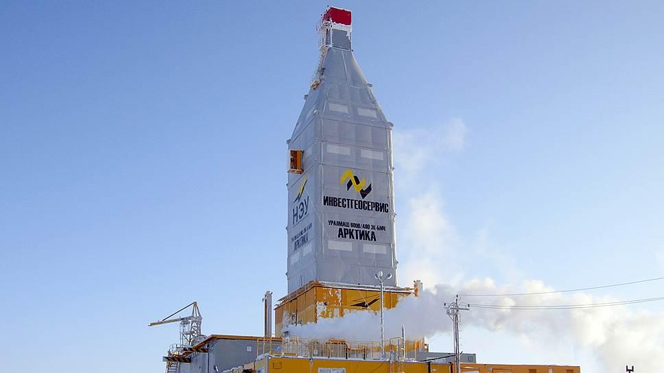 """Уникальная буровая установка """"Арктика"""", предназначенная для работы в условиях Крайнего Севера, может использоваться для эксплуатационного и геологоразведочного бурения, причем при самых низких температурах и сильном ветре"""