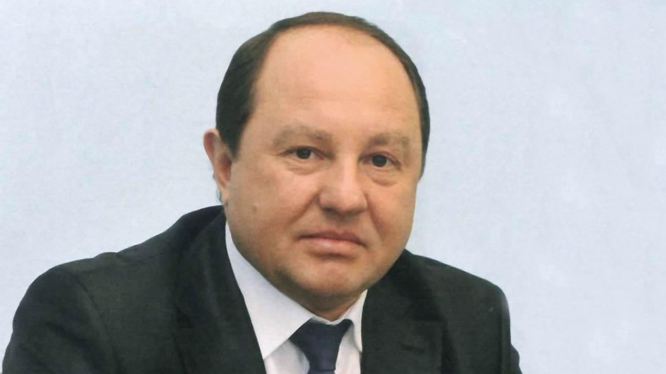 Юрий Карпов удовлетворенно отмечает, что компания занимается вопросами импортозамещения с самого начала своего создания