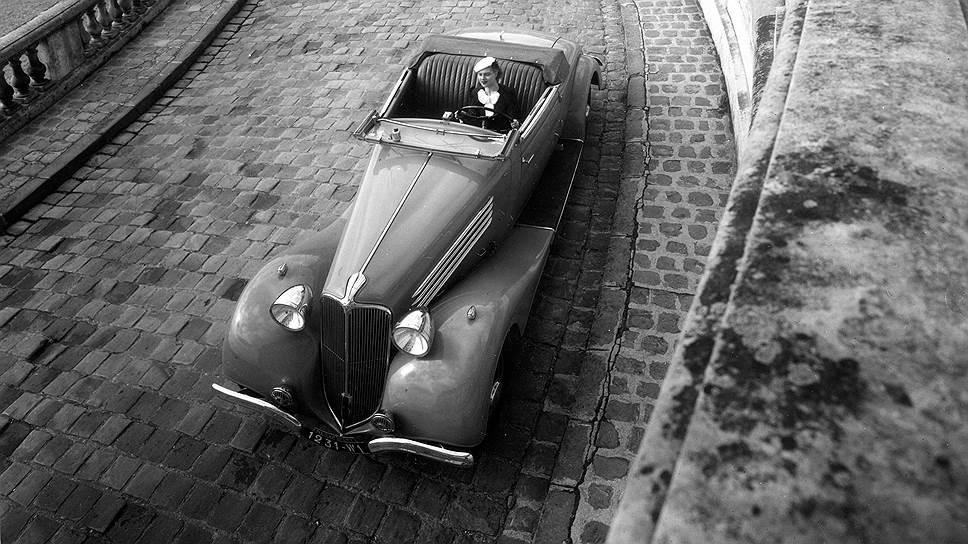 Робер Дуано. Renault Nervasport. 1937 год