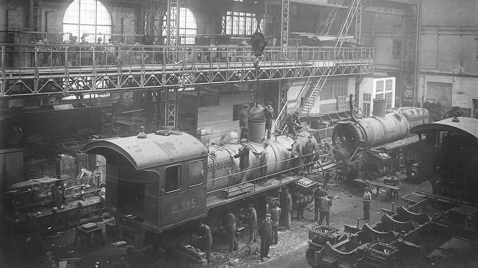 """""""С объявлением войны было заказано новых 43.000 вагонов и 1.500 паровозов русским заводам на 1915 год"""""""