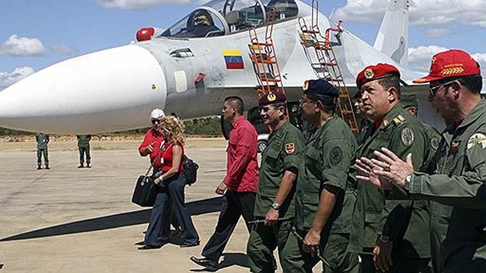 При Уго Чавесе (на фото) Венесуэла решила приобрести российское вооружение на сумму около $4 млрд; его преемник на посту президента снизил масштаб военно-технического сотрудничества с Россией