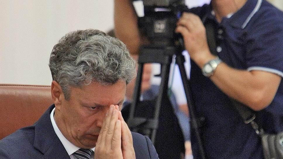 """Украинские власти не исключают вариант, при котором лидер фракции """"Оппозиционный блок"""" Юрий Бойко (на фото) и олигарх Ринат Ахметов возглавят районы Донецкой и Луганской областей, которые сейчас находятся под контролем ДНР и ЛНР"""