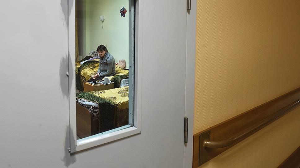 Система российских ПНИ живет по советским законам: права и свободы людей в ней грубо нарушаются