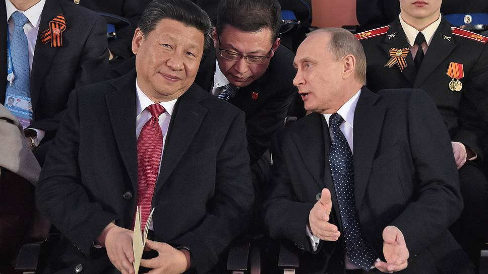Тесное сотрудничество между лидерами России (справа) и Китая (слева) пока не смогло рассеять традиционное недоверие к партнерам на других уровнях руководства обеих стран