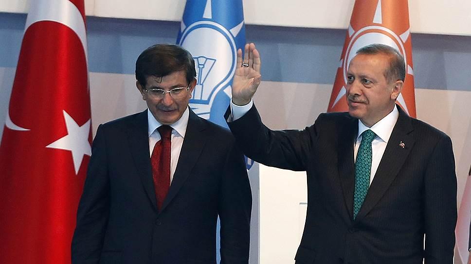 Вопрос выполнения условий, выдвинутых Евросоюзом, окончательно поссорил Ахмета Давутоглу и Реджепа Тайипа Эрдогана