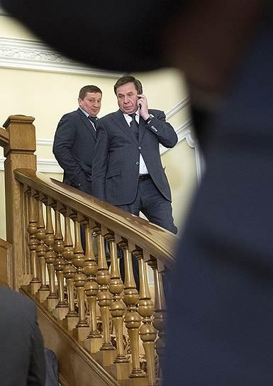 Губернатор Волгоградской области Андрей Бочаров (слева) оказался счастливым обладателем квартиры площадью 292,3 кв. м, а губернатор Новосибирской области Владимир Городецкий (справа) — дома площадью 510 кв. м