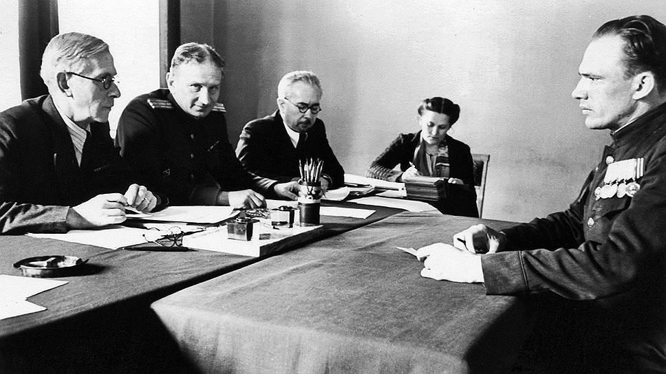 Свердловский обком ВКП(б) очень своеобразно подошел к делу о фиктивной сдаче госэкзаменов ответственными работниками