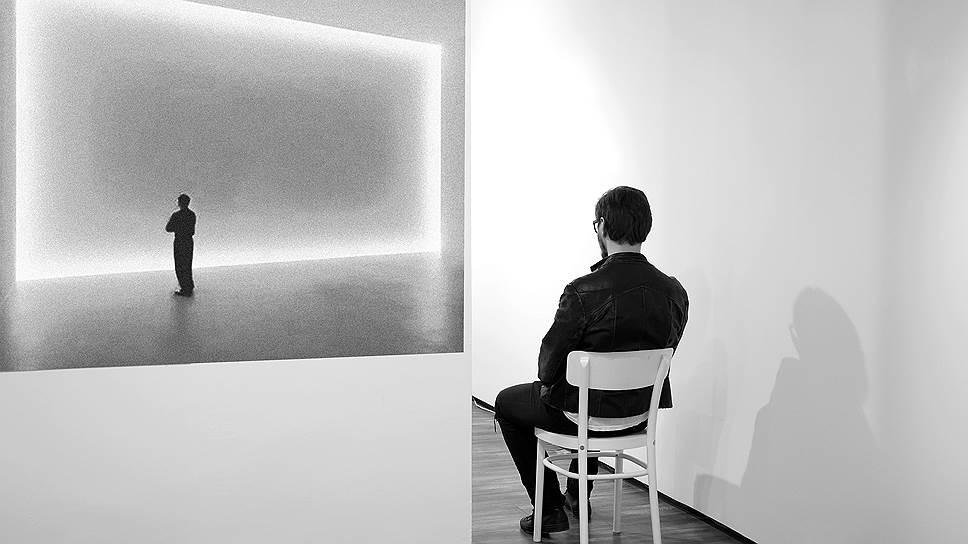"""Выставка """"Повседневность. Простые действия"""""""