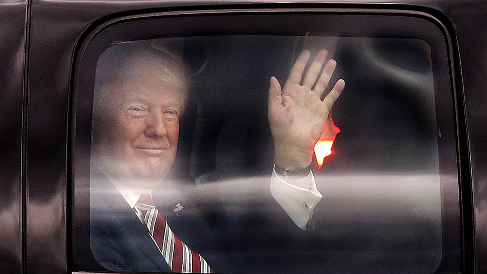 Впервые в истории США борьбу за президентское кресло ведут два кандидата, негативный рейтинг которых выше позитивного