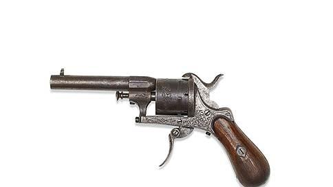 Семимиллиметровый свидетель  / Christie`s выставит на продажу револьвер, из которого стреляли в Артюра Рембо
