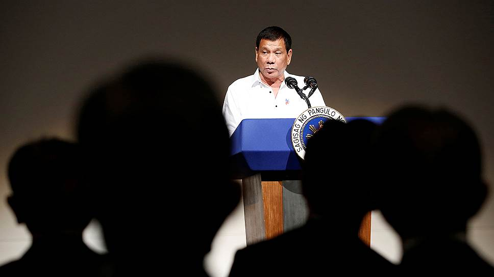 Почему президент Филиппин Родриго Дутерте выпроваживает американских военных