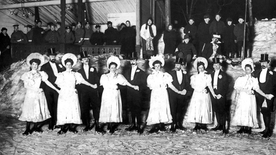 В ледовых балах в Юсуповском саду участвовали только семьи членов речного яхт-клуба и их гости