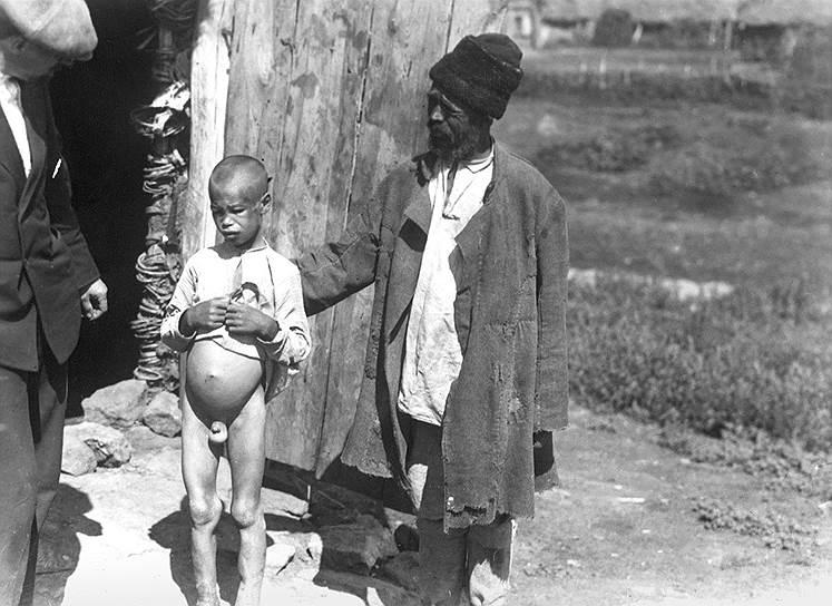 «Доведенные голодом до отчаяния и безумства, съевши все, что доступно глазу и зубу, люди решаются есть человеческий труп»