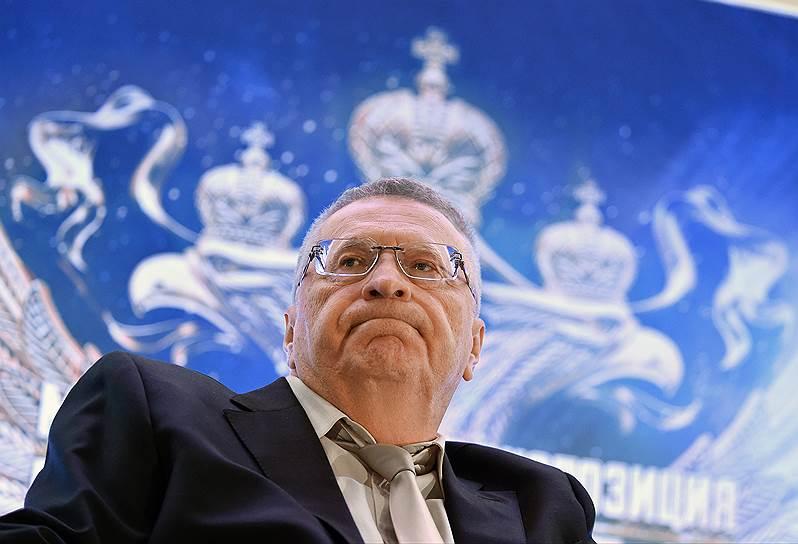 В 2018 году победа Владимира Жириновского на выборах президента кажется невозможной, но альтернативы ему в ЛДПР за 25 лет не появилось