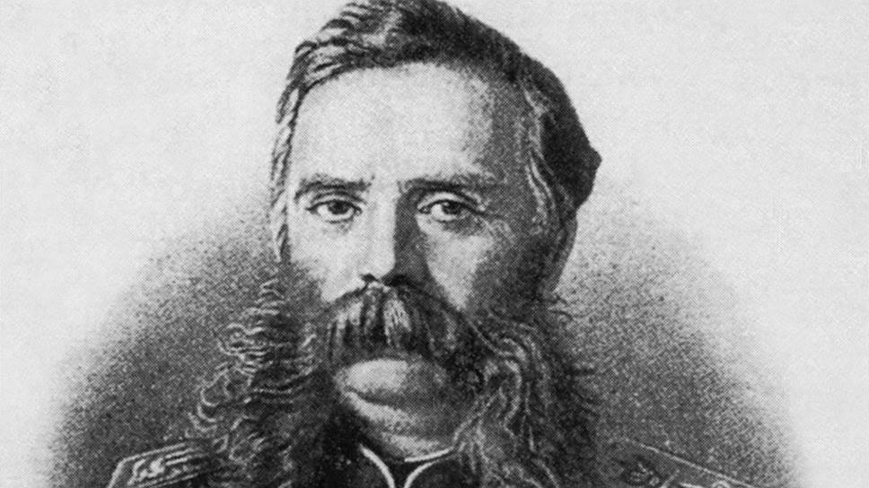 «Его встретил граф Бобринский (на гравюре), который при этом был одет в несоответствующую форму. Увидев это, Император Александр II приказал ему идти на гауптвахту»