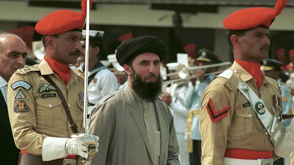 Гульбеддин Хекматияр, в свое время объявленный США террористом, вернулся в политику Афганистана и может оказать серьезное влияние на исход выборов