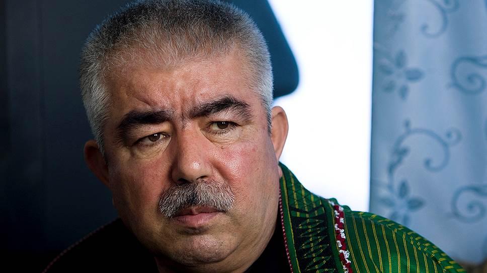 Генерал Абдул-Рашид Дустум, в отличие от президента Гани, выступает решительно против переговоров с умеренными талибами
