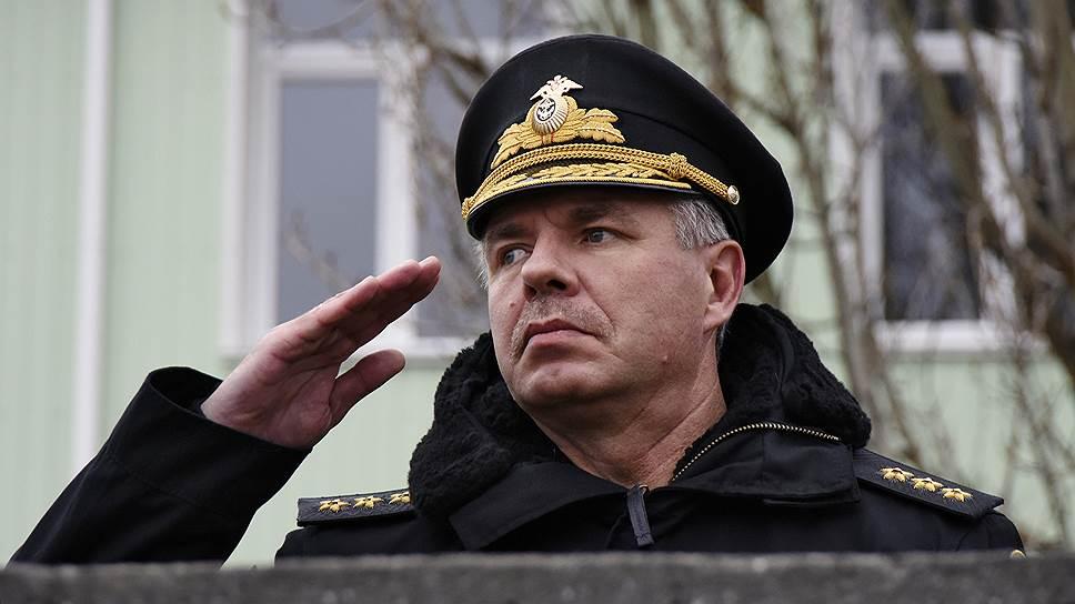 Командующий Черноморским флотом вице-адмирал Александр Витко