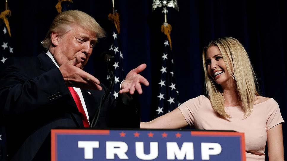 После серии неудачных указов президента США, ставших причиной международных скандалов, ни один документ, подписанный президентом, не выходит в свет без предварительного одобрения Иванки Трамп