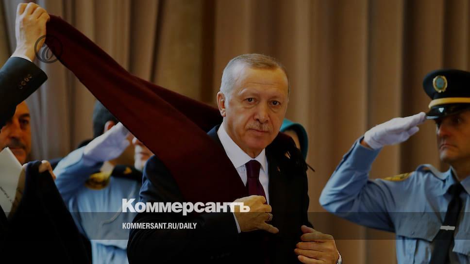 Ни мира, ни войны, а Турцию распустить