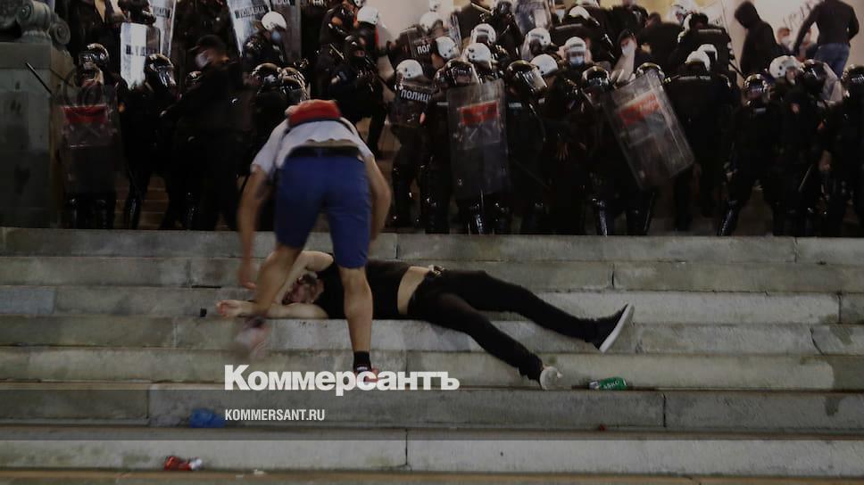 Сербия пережила «ночной бунт»