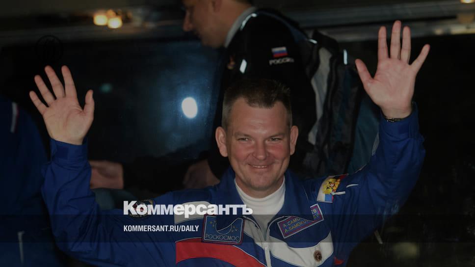 Космонавты и спортсмены снова идут в депутаты