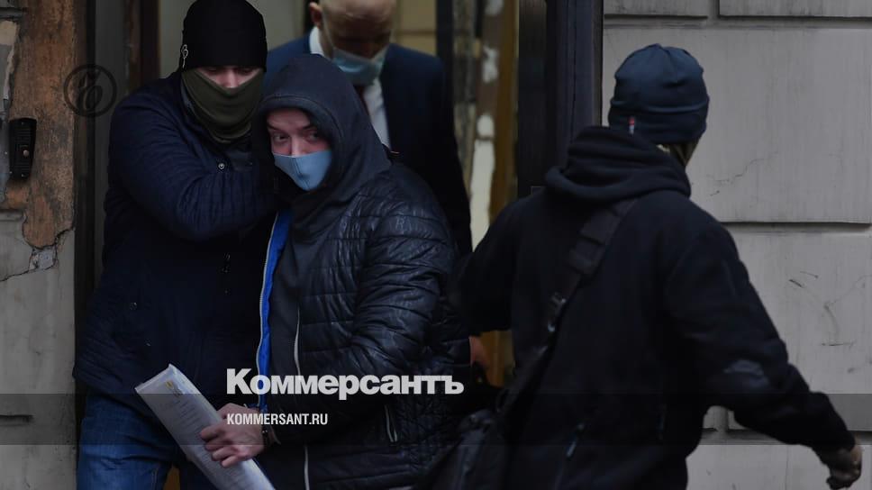 Суд продлил арест Ивану Сафронову до 7 марта