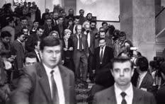 Вернувшись осенью 1994 года в Россию, писатель Александр Солженицын пришел выступить перед депутатами