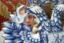 Депутат Государственной думы от фракции «Единство» Франц Клинцевич во время интервью в своем рабочем кабинете