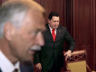 Депутаты не только ездили в гости, но и принимали гостей — особенно таких приятных им, как Уго Чавес