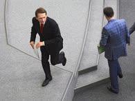 Если на месте нет спикера (Сергей Нарышкин), на помощь приходит его первый зам (Александр Жуков)