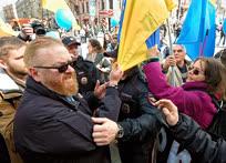 Член комитета Государственной думы по международным делам Виталий Милонов часто недоволен участниками акций протеста