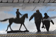Апрель. Москва. Памятник маршалу Георгию Жукову на Манежной площади