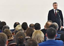 Minister of Science and Higher Education Valery Falkov met with the staff of the Ministry.