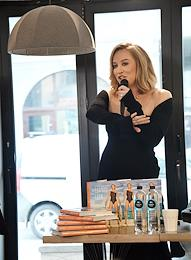 Presentation of the recipe book 'Eat well. Try the taste of happiness' by Natasha Davydova at the City Garden store.