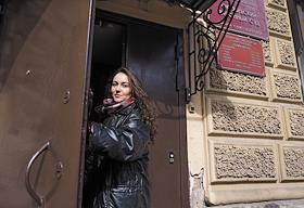 Volunteer Diana Maksimikhina, who is charged with violation of the law of the sanitary and epidemiological welfare of the population, is seen in front of the Oktyabrsky District Court.