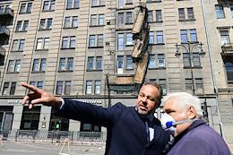 Collapse of balconies on Kirochnaya street, in the house No. 20. Dismantling of the balconies.
