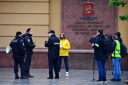 One-person protests demanding the release of journalist Ilya Azar on Petrovka, 38.