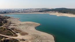 View of the Simferopol reservoir from a quadrocopter.