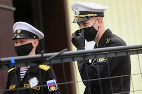 Welcoming ceremony of the Admiral Vladimirsky Baltic Fleet Research Vessel that made a round-the-world voyage. The ceremony took place at the Leningrad Naval Base in Kronstadt.