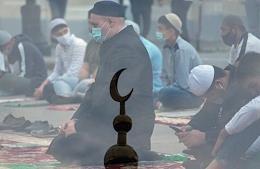 Eid al-Adha (Feast of the Sacrifice) at the Kazan mosque Al-Marjani.