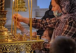 Divine Liturgy in the Smolny Cathedral dedicated to the celebration of the Day of Russian Students. Metropolitan of St. Petersburg and Ladoga Varsonuphius.