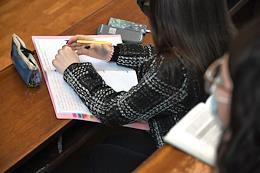 Students of the Lomonosov Moscow State University (MSU) return to full-time education.
